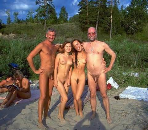 Familias Nudistas - Porno TeatroPornocom