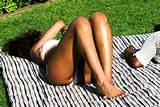 Privada Bikini hackeada vazou fotos Rihanna mostram um ligeiro Nip Slip