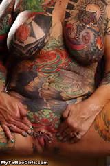 Tatuagens de palhaço buceta com Piercings