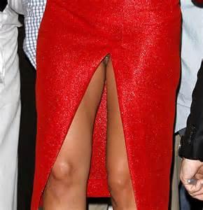Lady Gaga cada vez mais quente, dividir virilha sem calcinha e piercings