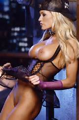 Ex-WWE Diva NUDE completo