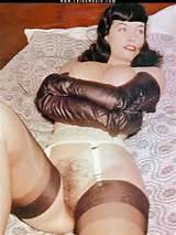 pino de celebridade vintage de buceta de página de Bettie até